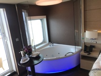Whirlpool in Suite for Haven Spa room