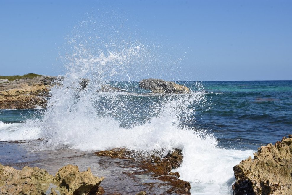 Waves crashing onto the rocks on the eastern side of Cozumel.
