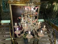A Murano Glass chandelier in the main lobby to welcome you  as you enter th