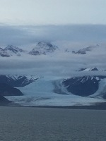 Hubard Glacier, ship stayed here for 2 hours, turned 180 so both sides of s