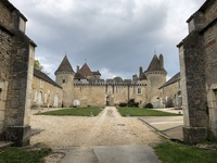Wine tasting in Chateau