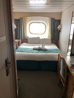 Clean and efficient sleeper cabin