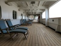 wrap-around teak promenade deck, Veendam