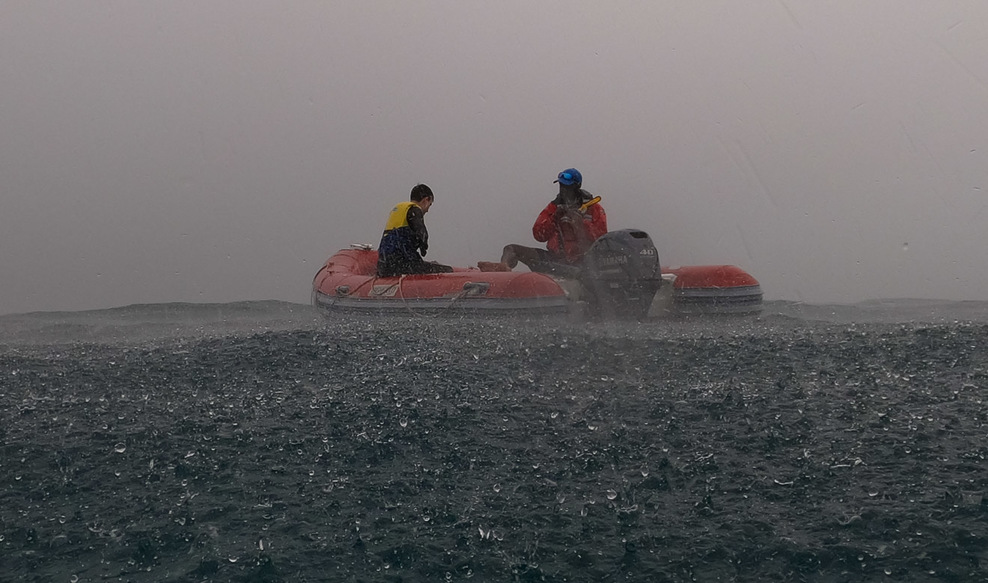Even when it rained hard, it was still warm and we kept on snorkelling
